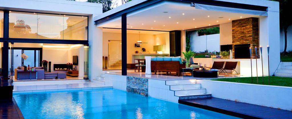 http://termopanefocsani.ro/wp-content/uploads/2016/02/luxury-house-1024x420.jpg